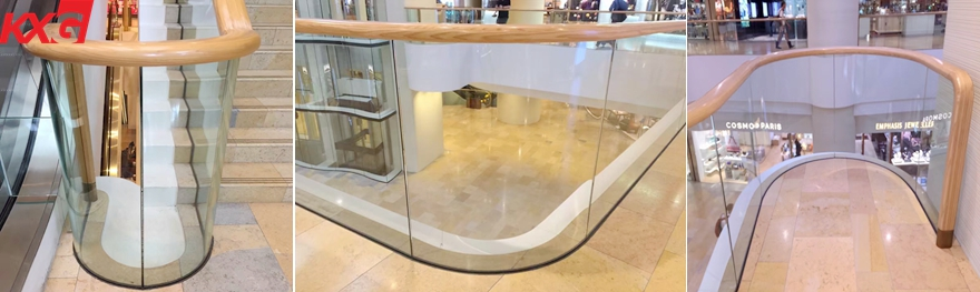 Curved toughened clear glass balustrade