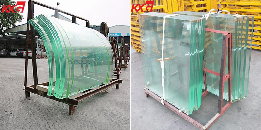 13.52 laminated glass balustrade