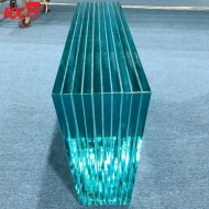 China glass factory supplier SGP high strength film ultra clear laminated glass balustrade